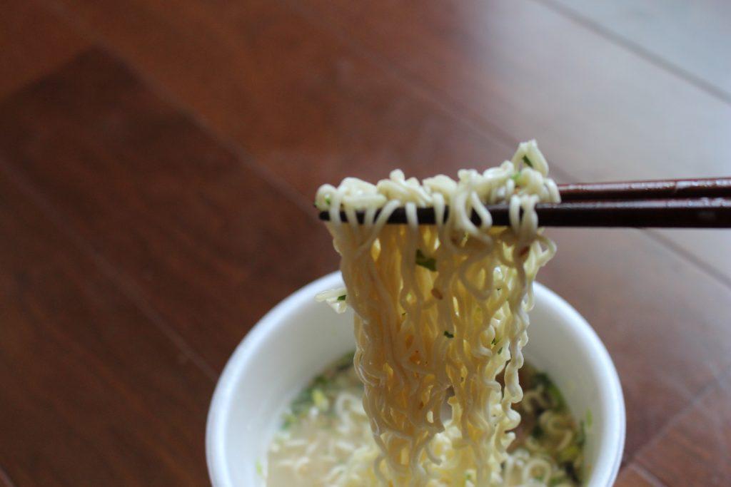 カップラーメンの麺