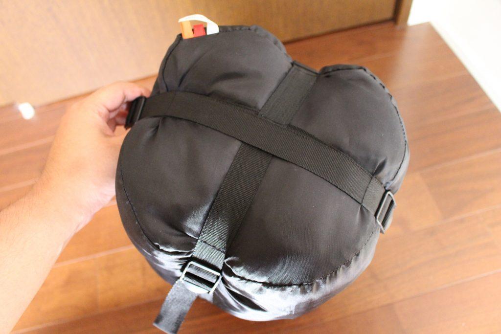 寝袋の袋の底