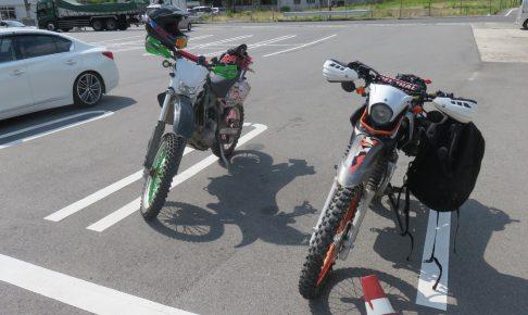 バイクが二台