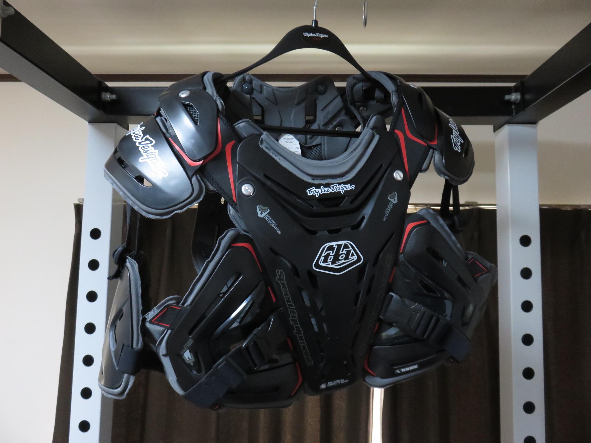 バイク用のプロテクター