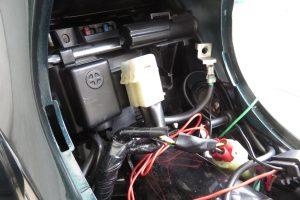 スーパーカブ110のバッテリー交換
